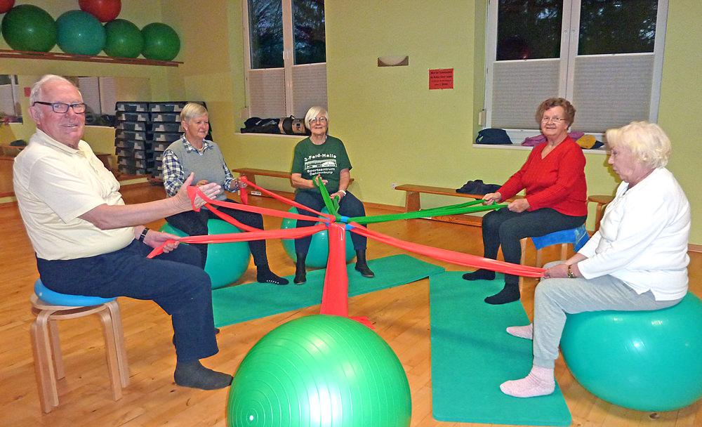 Sport bei Gelenkerkrankungen der Hüfte und Knie für Frauen und Männer